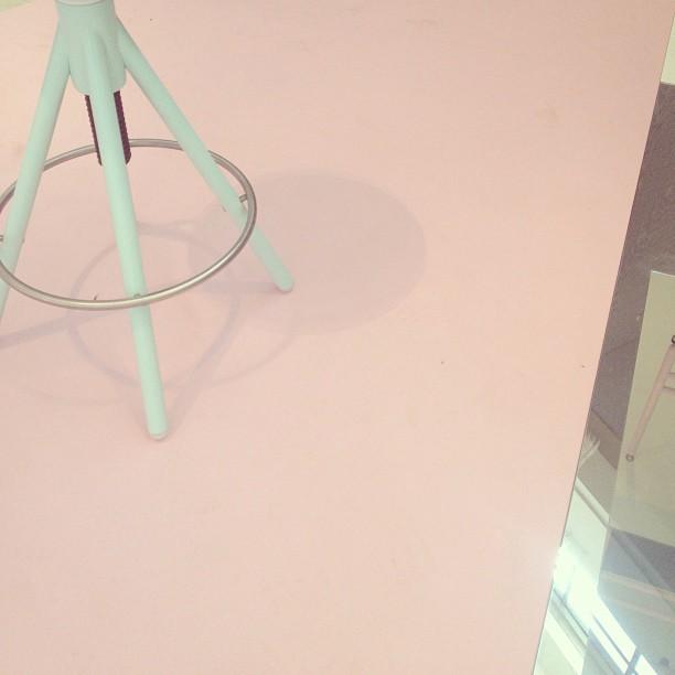 #pinkturqouise #venturalambrate