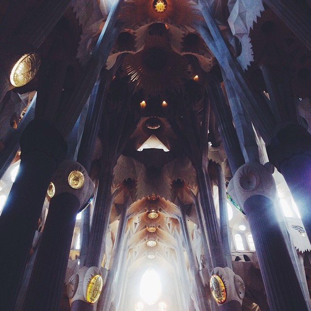 #craziestchurchever #mindblowing #sagradafamilia #barcelona #vscocam  (at Sagrada Familia, Barcelona.)