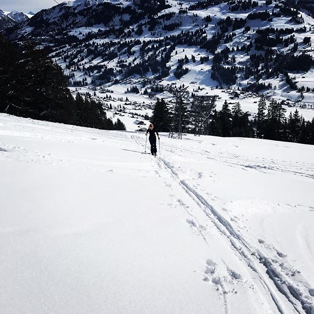 Have a good weekend  gstaad  gstaadmylove  glacier3000  backcountryskiing   intuition  miss moreland dde5c72596c