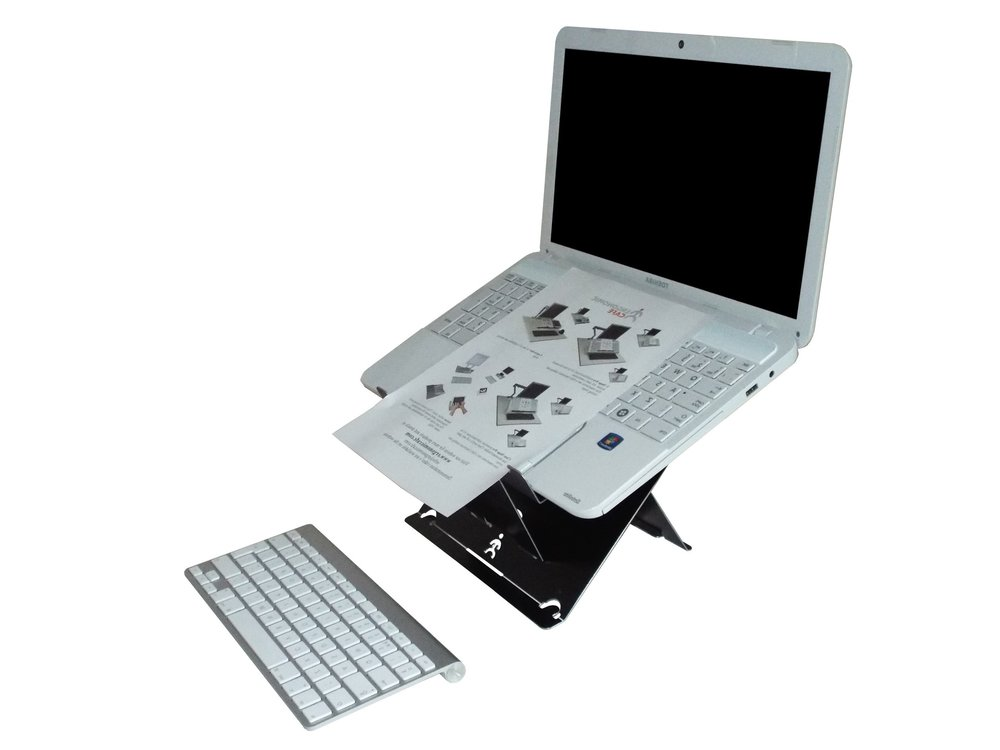 Suitable for all laptops, including laptops with a limited screen opening angle.