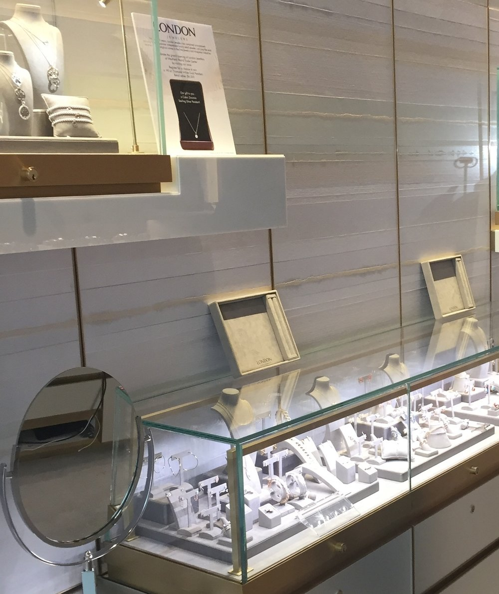 A custom Lamina installed at the London Jewelers' Manhattan location in iconic Oculus of the Westfield World Trade Center.  London Jewelers features the most prestigious names in the fine jewelry and timepiece industries. The opening of the new store comes just in time for the company's 90th anniversary.