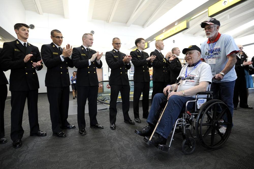 0418 Honor Flight Columbus 15.jpg