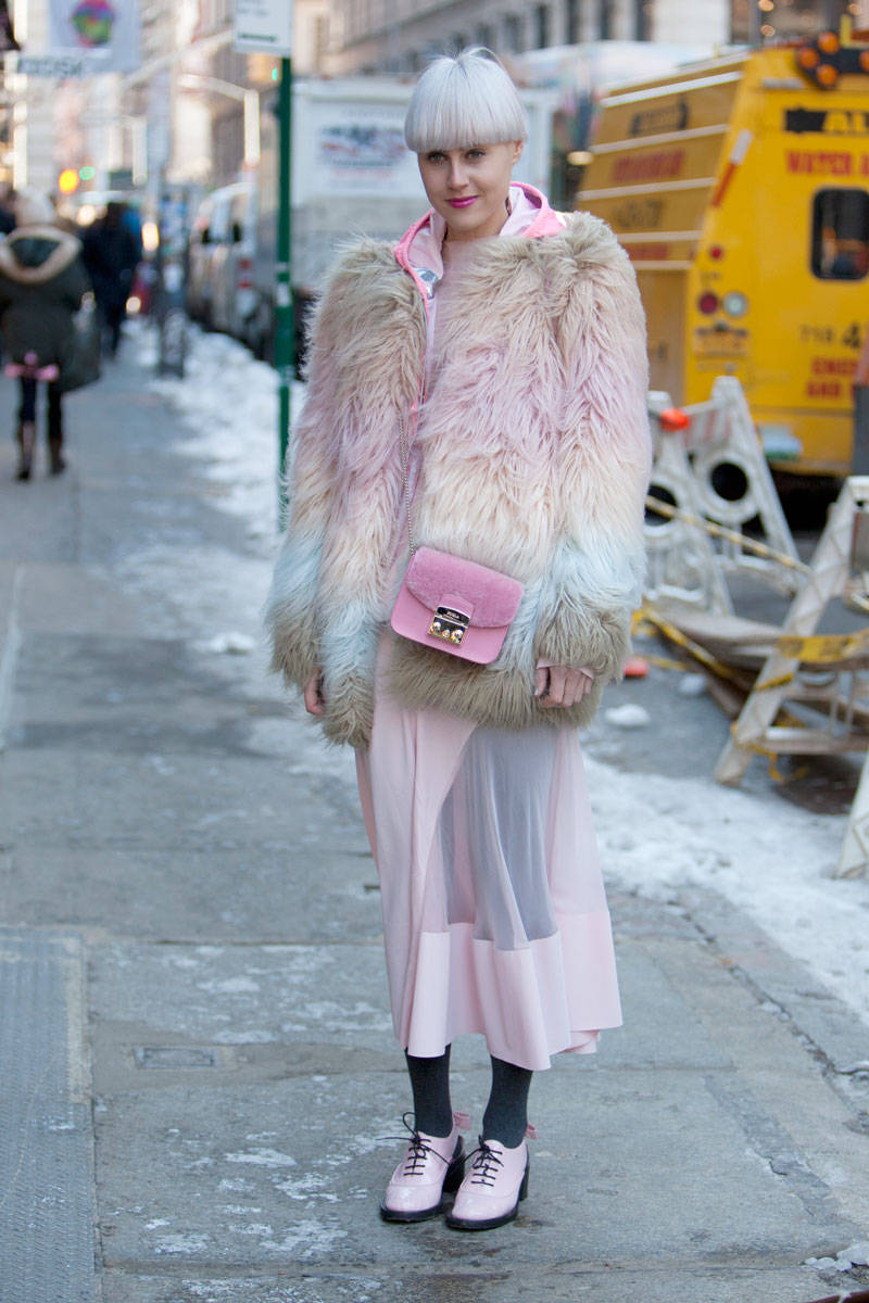 elle-nyfw-fall-2014-day-two-street-style-blonde-1-v-xln.jpg