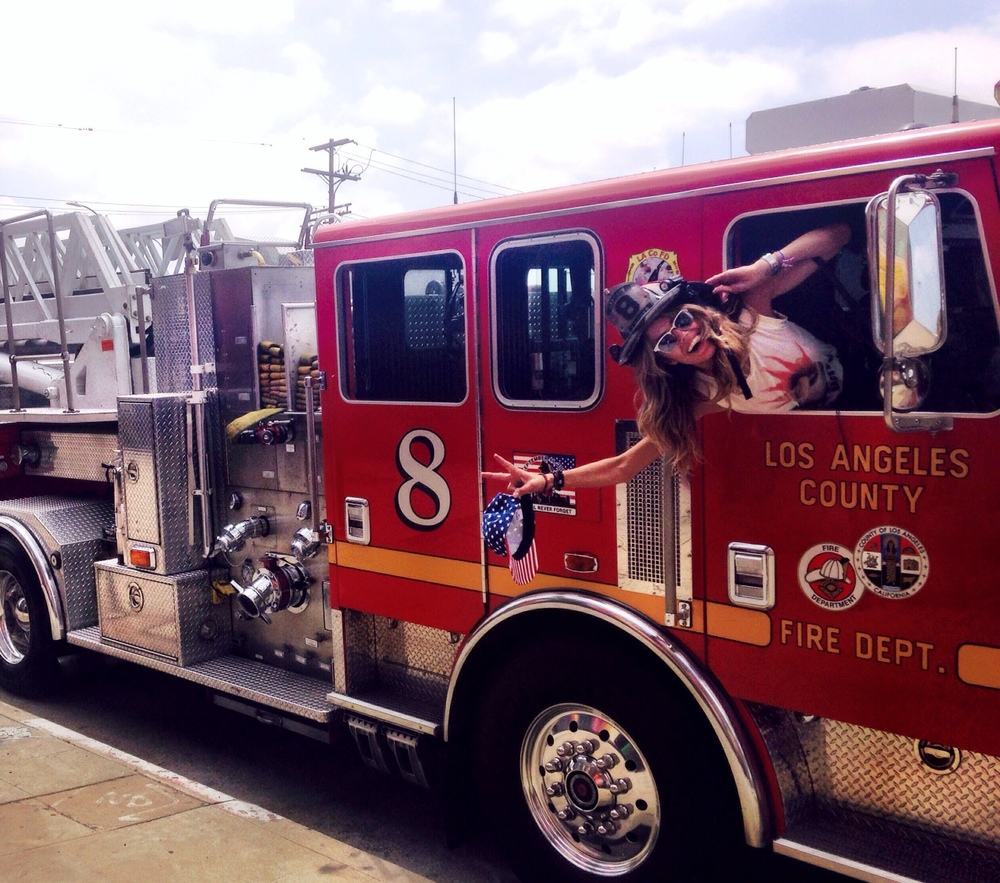 Quando os bombeiros insistiram nessa foto...