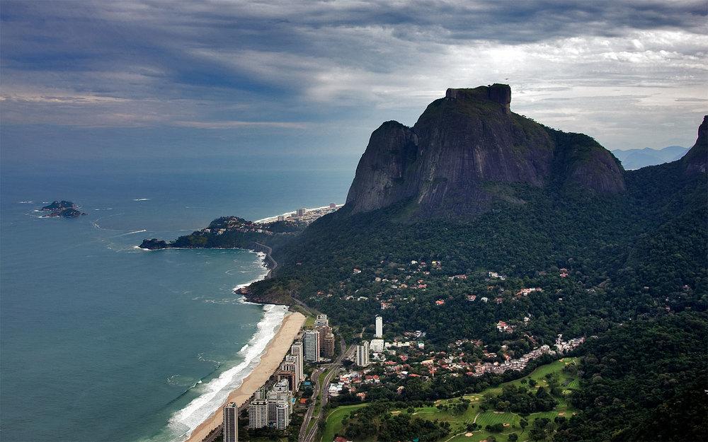 32Brazil~020Rio_de_Janeiro~050Views_from_Helicopter~160Praia_de_Sao_Conrado_and_Pedra_da_Gavea^1920x.jpg