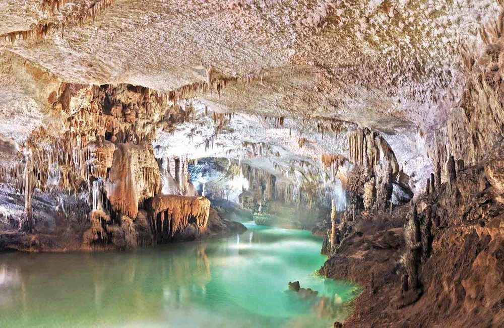 jeita-grotto-lebanon-2.jpg