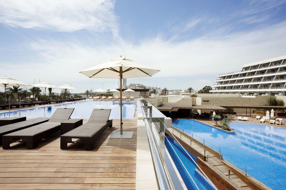Ibiza-Gran-Hotel-1-mi-Baño-en-Ruinas.jpg