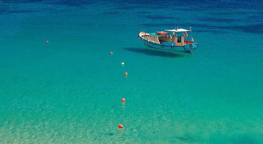 lia-beach.jpg