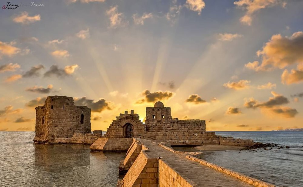 saida-castle-at-sunset46376726-l.jpg