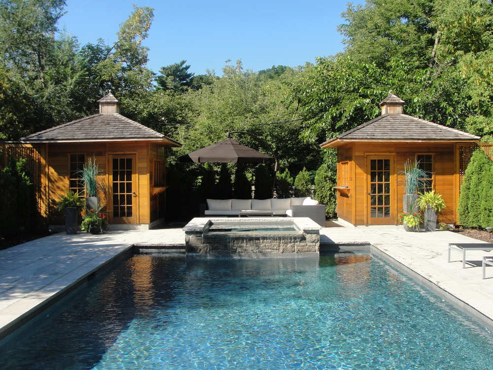 New Pool With Integrated Spa And Matching Cabanas