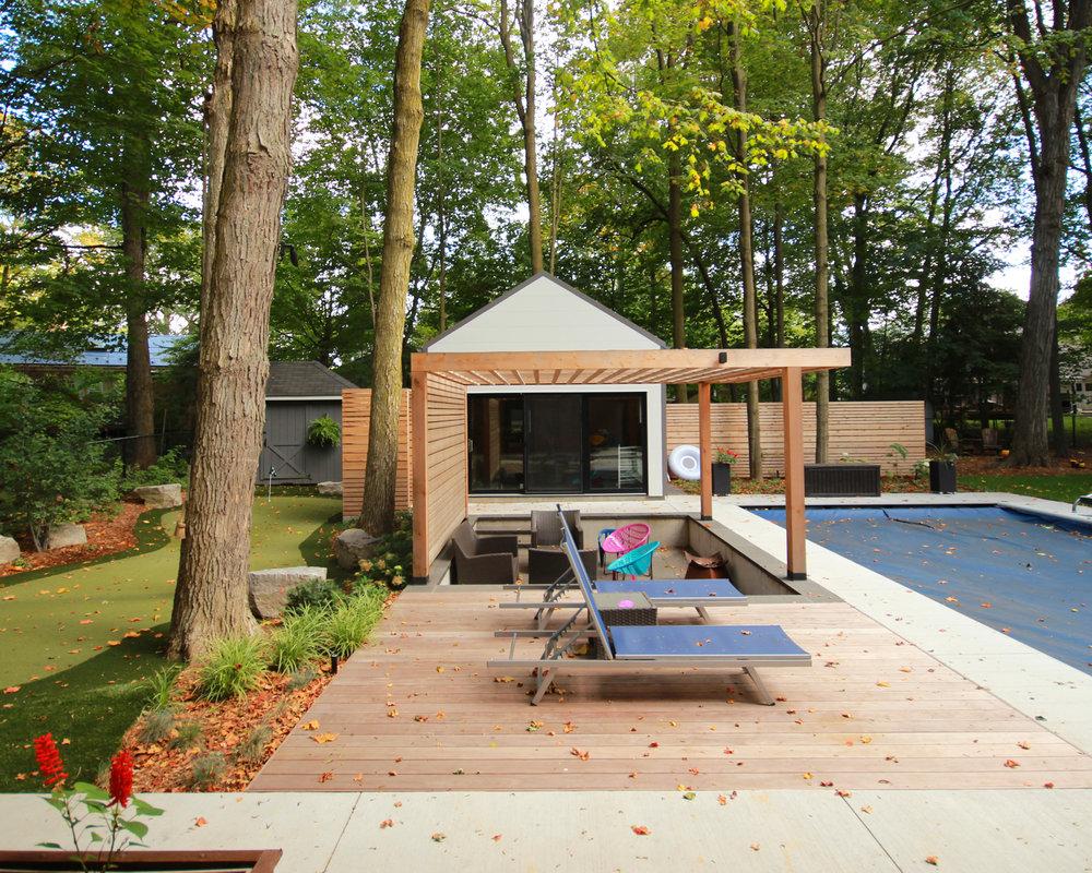 Modern-Pool-Landscape.jpg