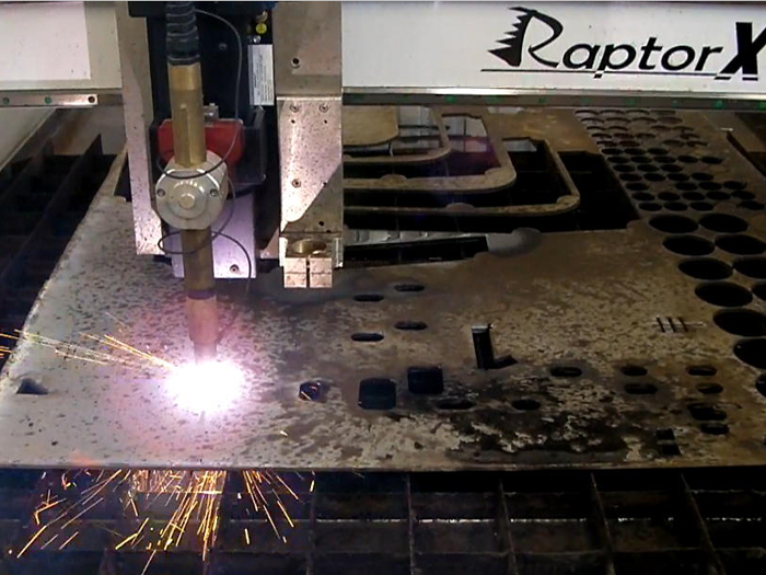 RaptorX SL Series with Plasma cutter Large industrial size machines with incredible capability. Plasma and conventional applications as standard