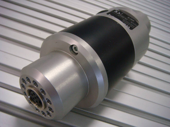 HF Spindle WZW104, 5.000-28.000rpm, 600 watt with tool changing functionality Incl. 2 collet nuts