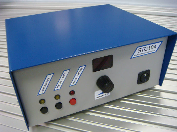 Tool change system STG104 controller, integrated pneumatic connections for dust cover and mollet with spindle inverter and speed control