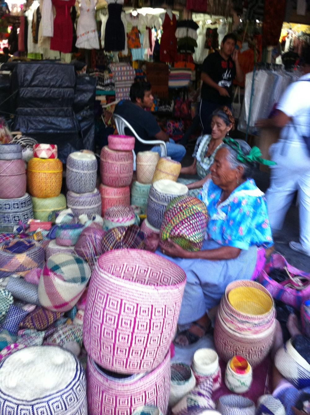 Shopping for indiginous Oaxcan craft work