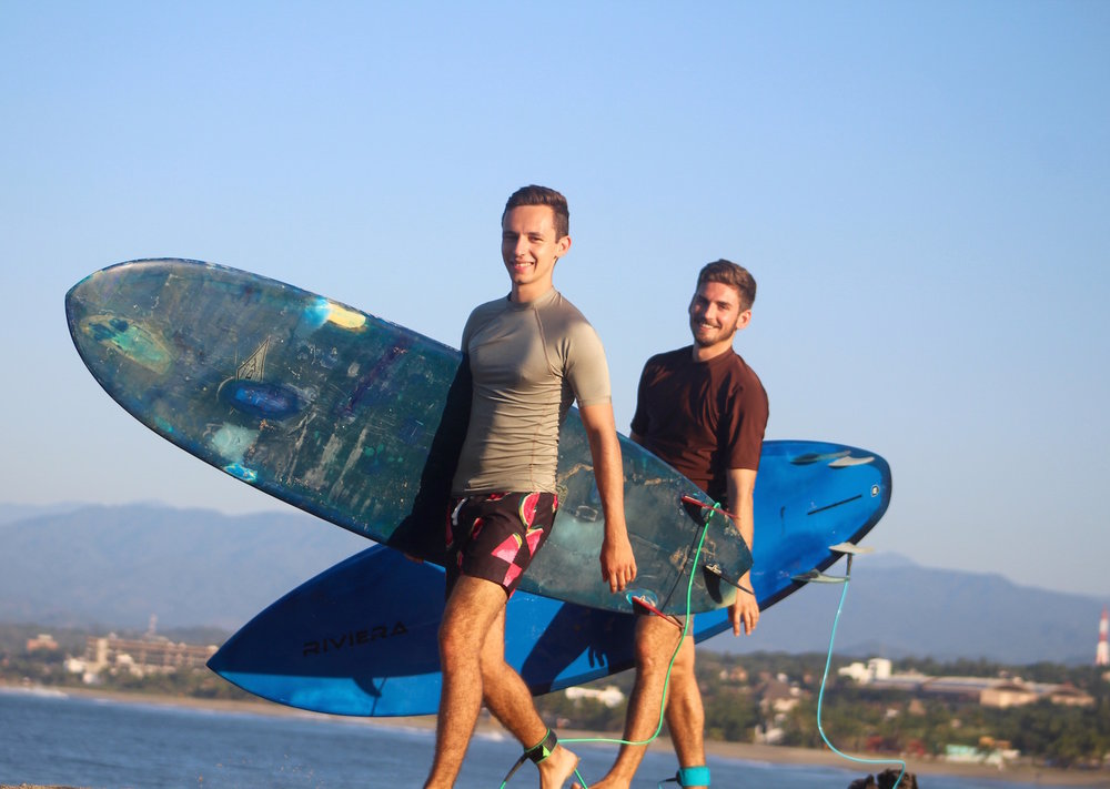 Surf lessons in Puerto Escondido