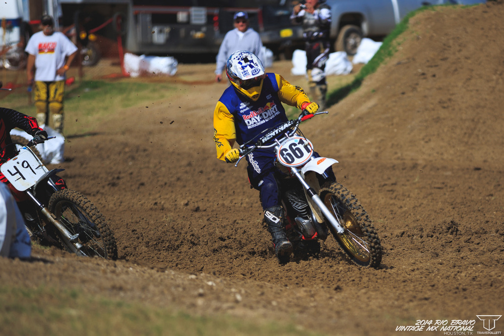 Rhett Smith pulls the holeshot for his moto 1 win in Sportsman 500 Expert