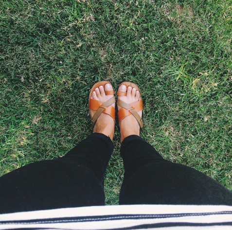 A snapshot of Kate's Gap look, taken from her signature Instagram perspective. Image c/o @viewfromthetopp.