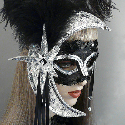 Luna Masquerade Mask Close