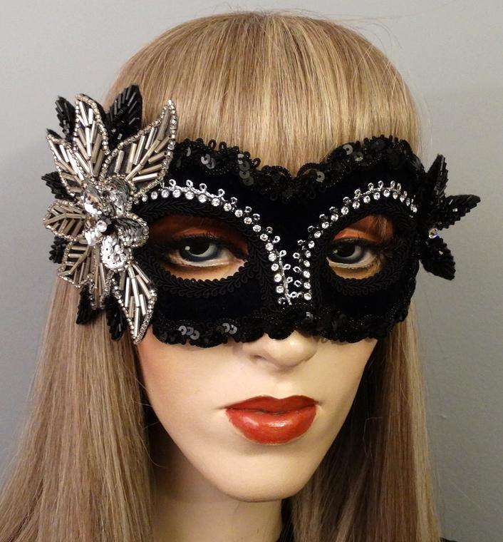 aria-masquerade-mask.jpg