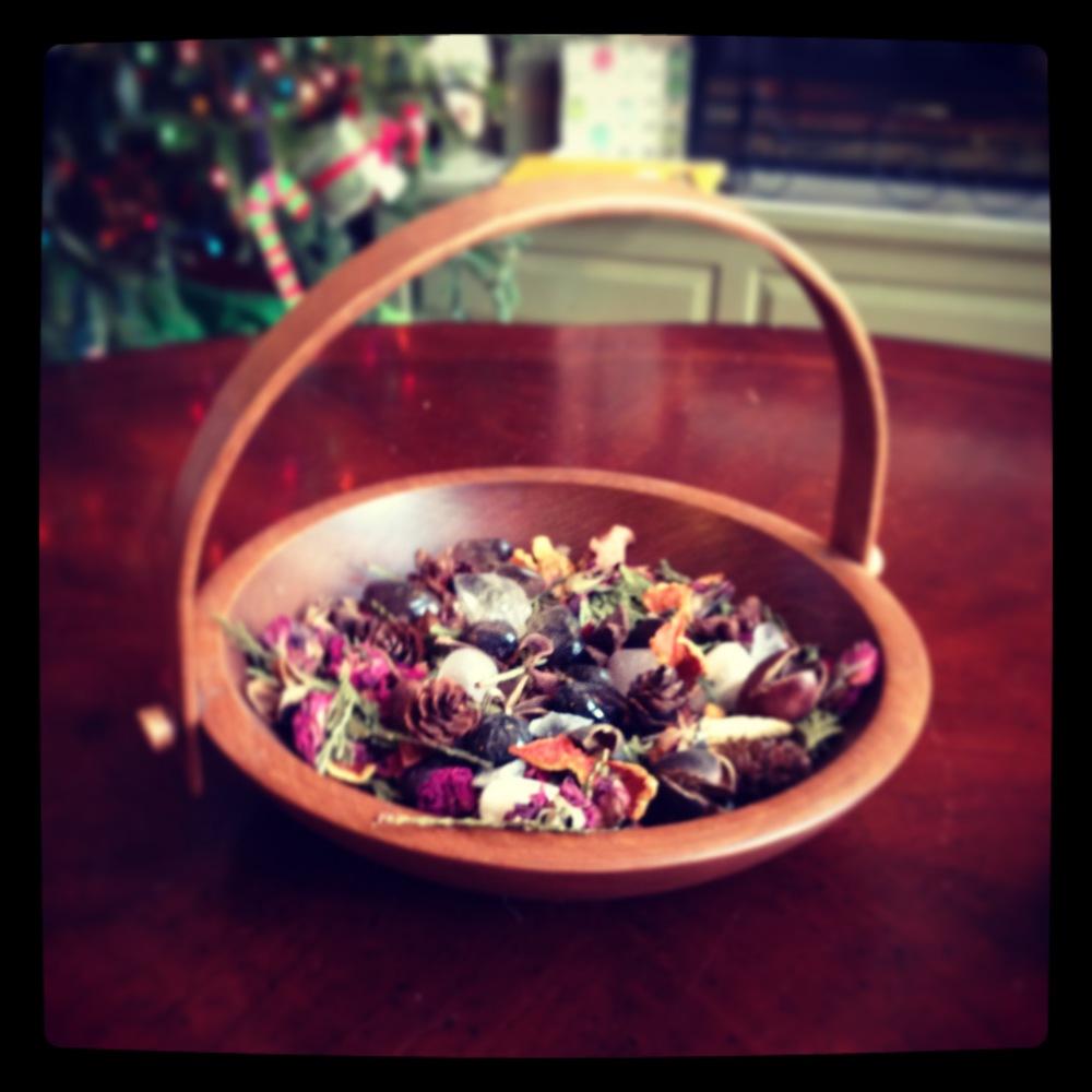 Winter solstice basket