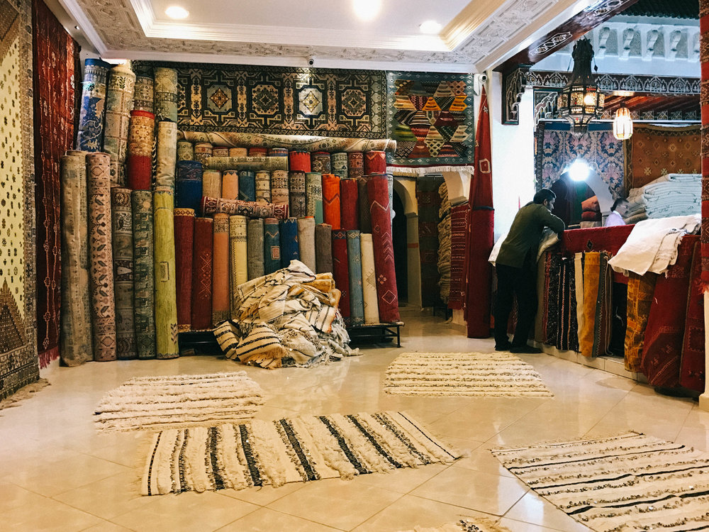 How To Buy A Traditional Moroccan Rug in Marrakech