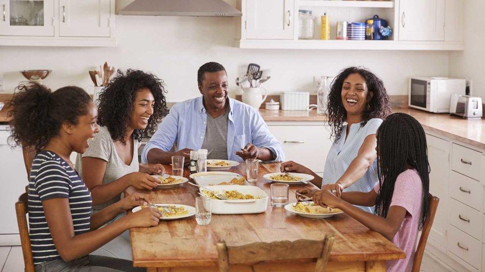 family_dinner.jpg