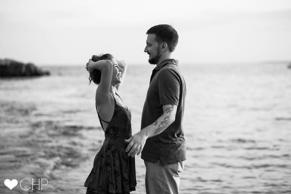 Engagement-sessions-in-Kettle-Cove-Cape-Elizabeth-Maine
