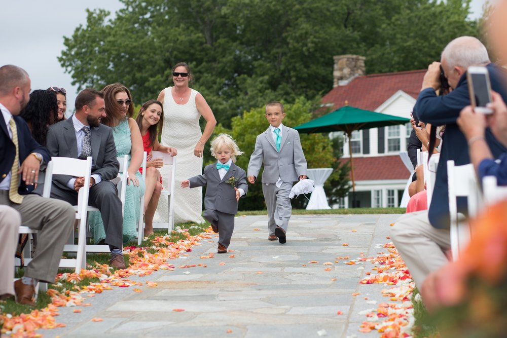 ring bearer running down asile