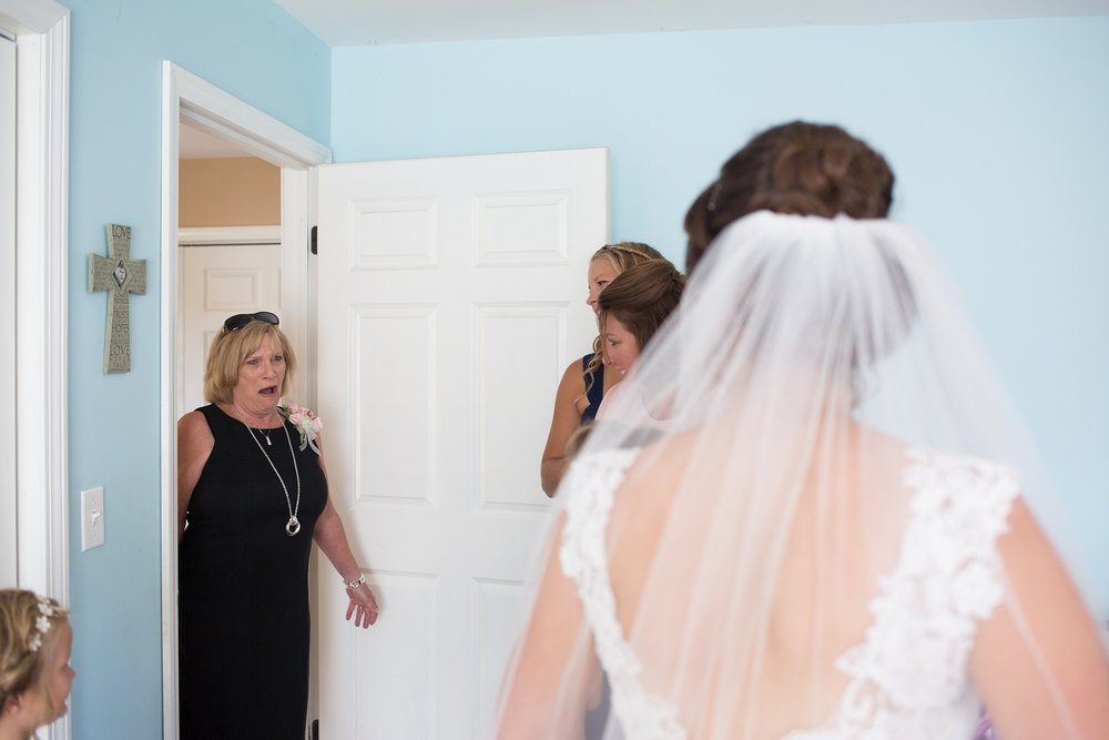 seeing-bride-for-first-time