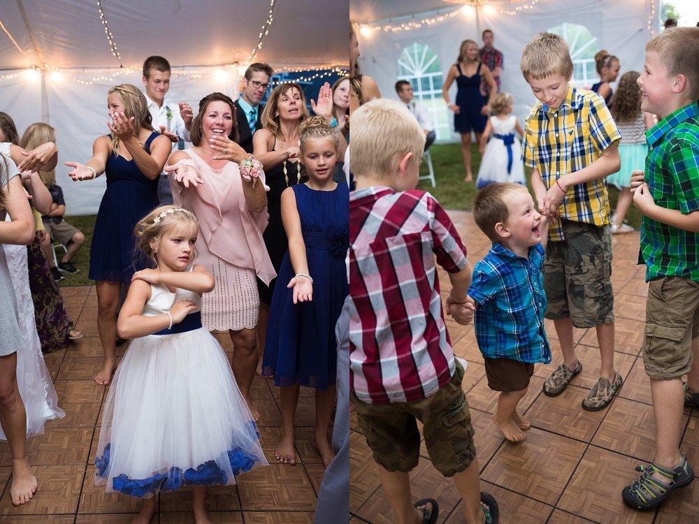 kids at a wedding