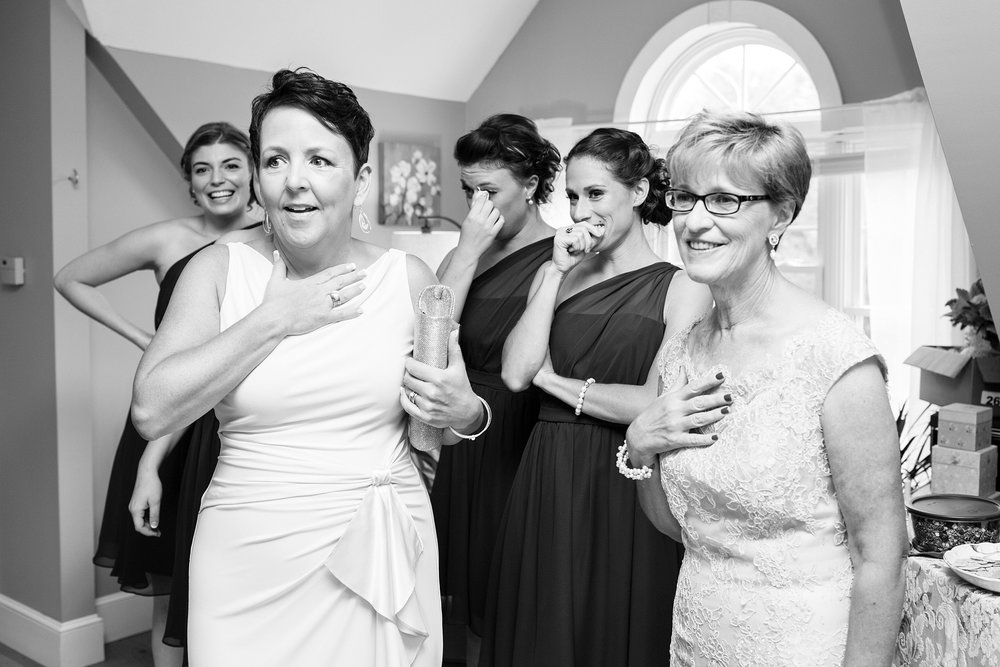 bridesmaids seeing bride first time