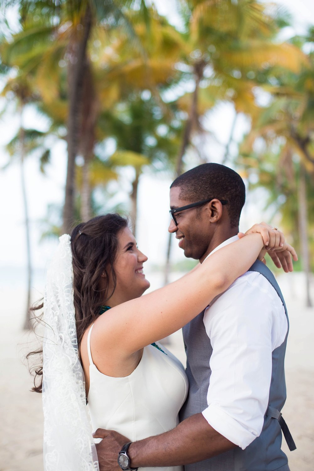 Puerto Rico bride and groom
