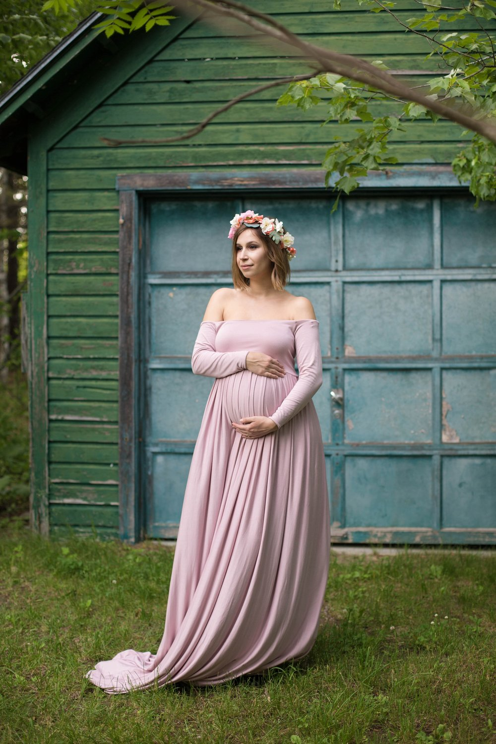 Orono Maine Gardens Maternity Pictures