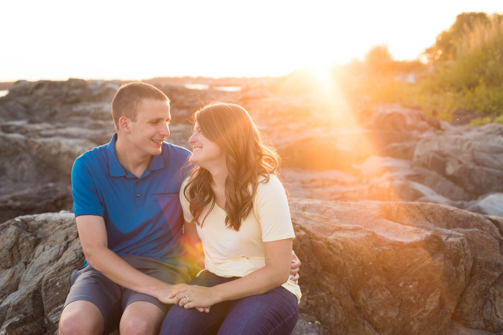 engagement pictures taken in Maine