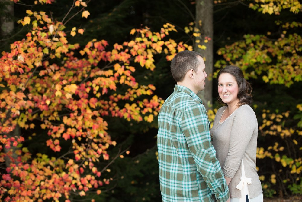 engagement pictures at martindale golfcourse