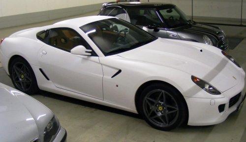 matte-white-ferrari-599-gtb-4.jpg