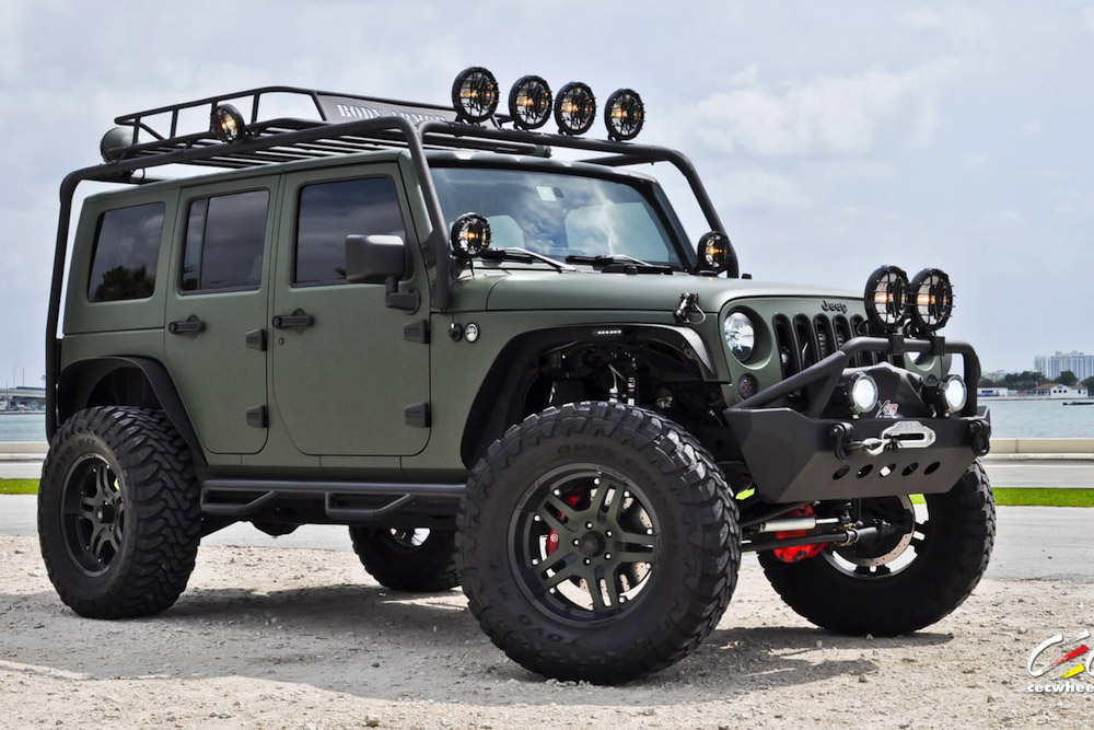 Military-Green-Jeep-Wrangler-by-CEC-Wheels-02.jpg