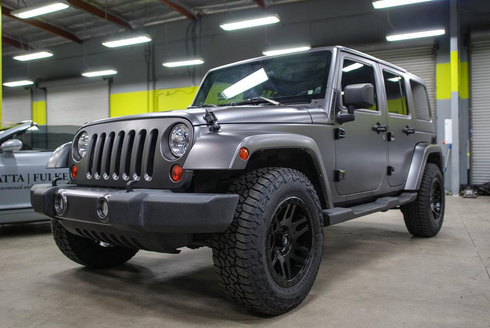 Jeep Wrangler (Satin Dark Grey) — SD WRAP
