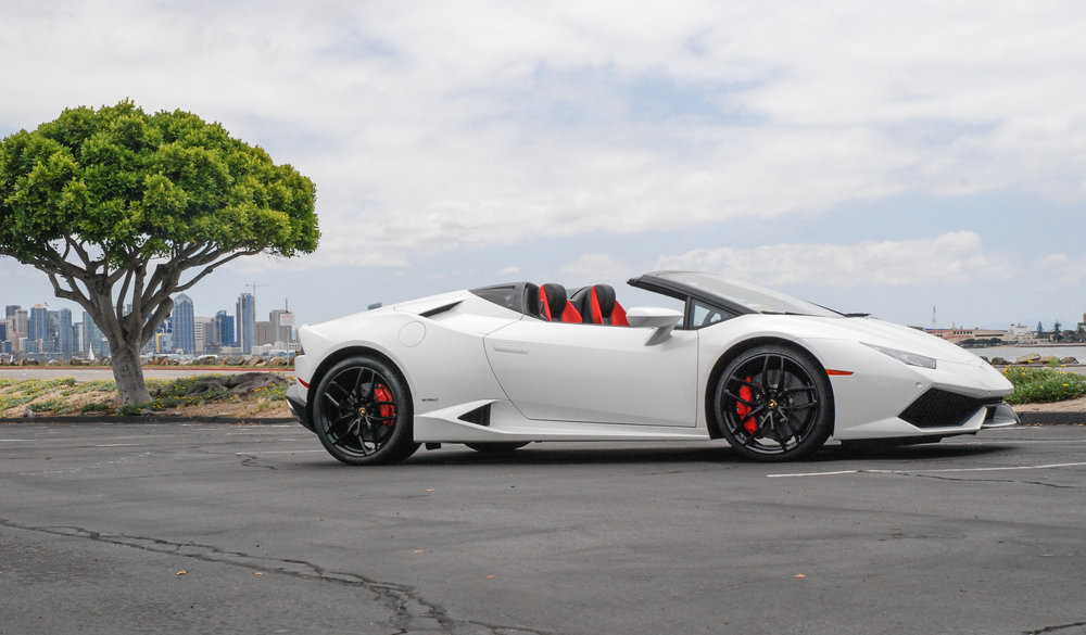 a legend in its new gloss pearl white finish absolutely stunning the lamborghini huracan spyder