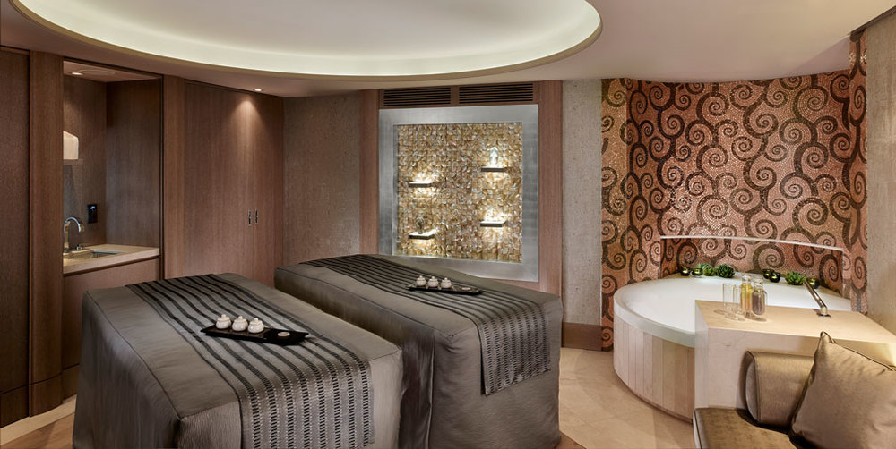 IN GOLD BADEN - ARANY SPA - PARK HYATT VIENNA
