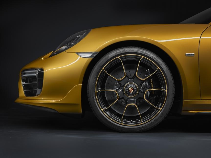 PORSCHE MANUFAKTUR - 911 Turbo S Exclusive Series...