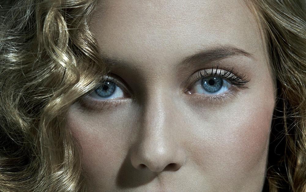 Client: Magazine La Vanguardia   Model: Top-model Vanessa Lorenzo..