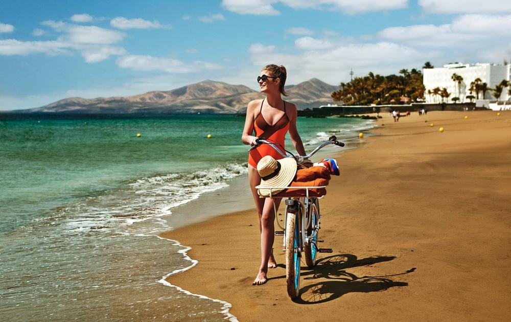Campaign 10 Best Canary Islands Beaches   Client: Promotur