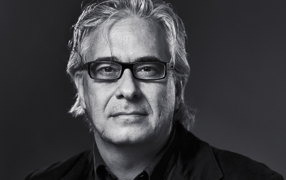 Portrait of mexican writer  Jordi Soler  for his books.