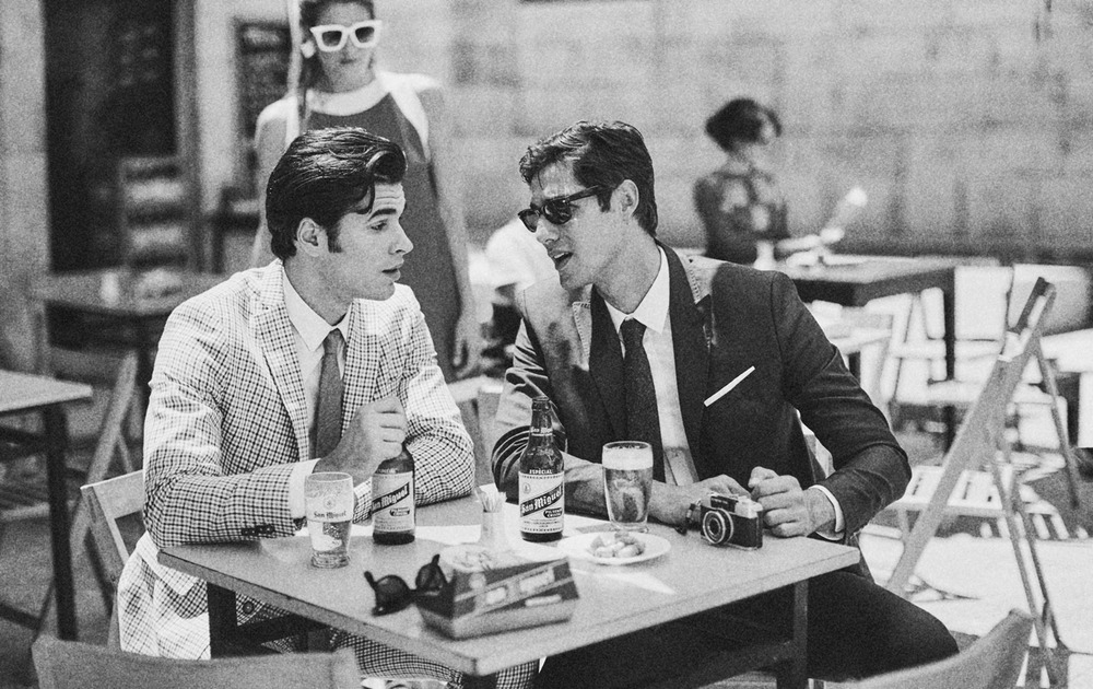 Client:  SAN MIGUEL   Agency:  SCPF Barcelona.  Recreation of a 60's scene with the original bottle at that time.