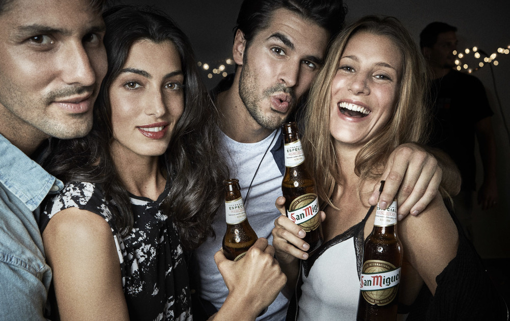 Client:  SAN MIGUEL   Agency:  SCPF Barcelona.  Selfie with the actual bottle.