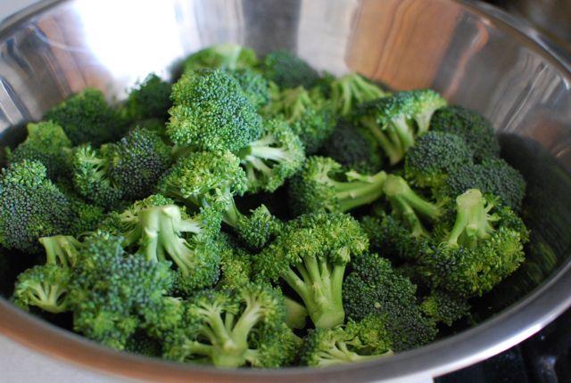 Cheesy broccoli salad