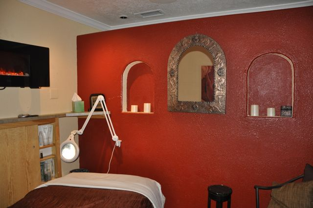 Crimson Poppy and Fire Spa Room Remodel | grcelaced.com