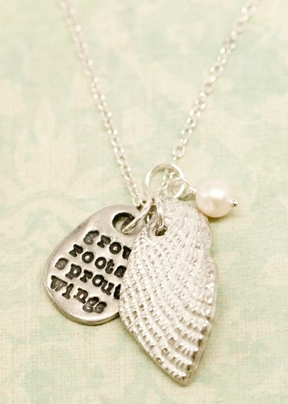 grow-wings-sprout-roots-necklace-001